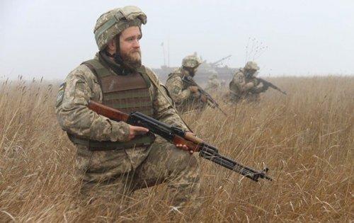 На Донбассе семь обстрелов за сутки, у ВСУ потери
