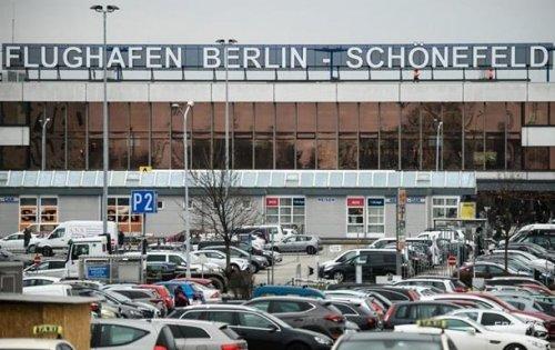 Полсотни украинцев застряли в аэропорту Берлина