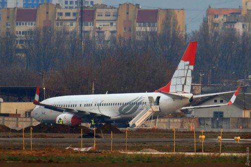 Совершивший аварийную посадку в Одессе турецкий «Боинг» режут на металл