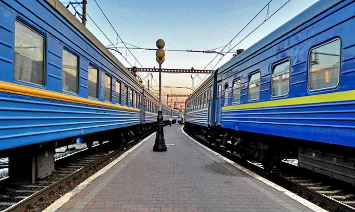 Из-за коронавируса отменили продажу билетов на поезд Одесса-Черновцы