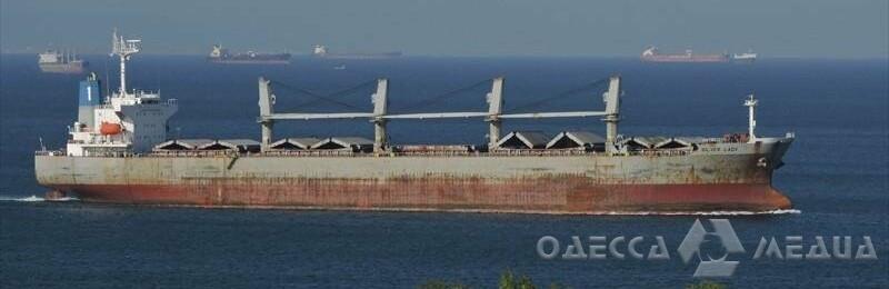 Вспышка COVID-19 на борту судна, зашедшего в Черноморский порт
