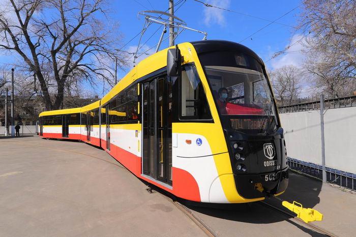 В Одессе выпустили третий трамвай Odissey max