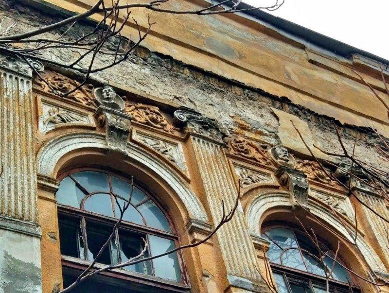 Как в Одессе довели до разрушения здание, в котором учился Королёв