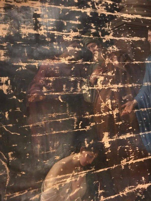 """В Одесском художественном музее восстановили поврежденную картину """"Христос и грешница"""""""
