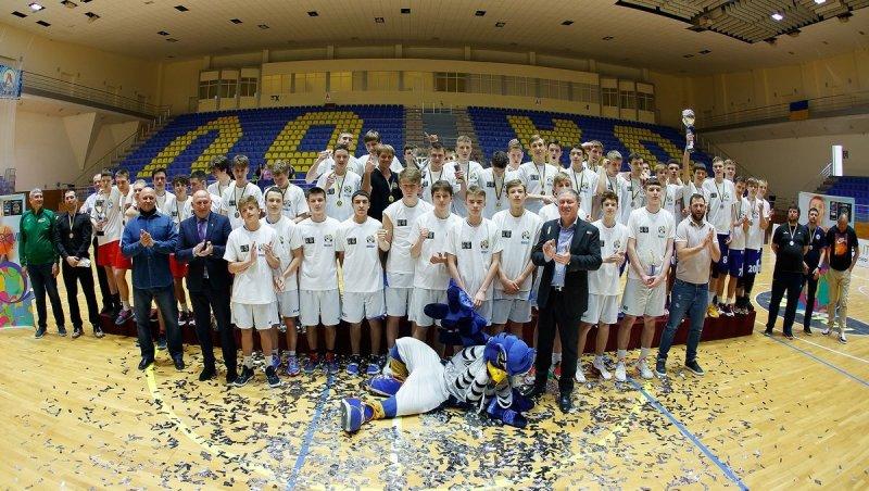 Юные одесские баскетболисты стали победителями Всеукраинской лиги (фоторепортаж)