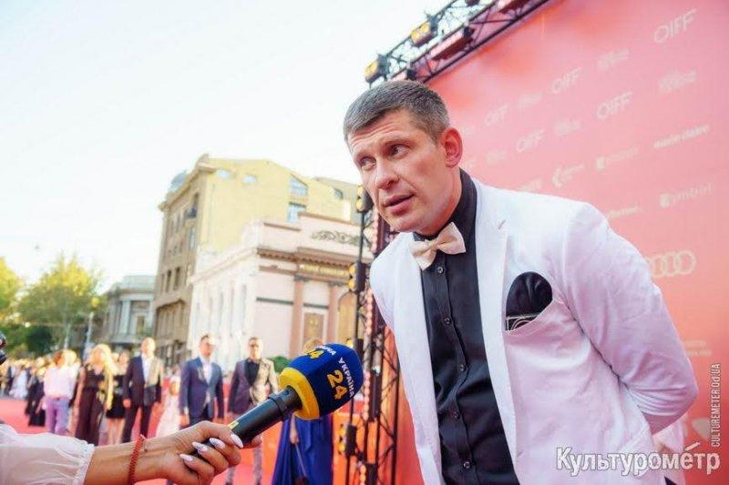 Красная дорожка открытия Одесского кинофестиваля – 120 фото