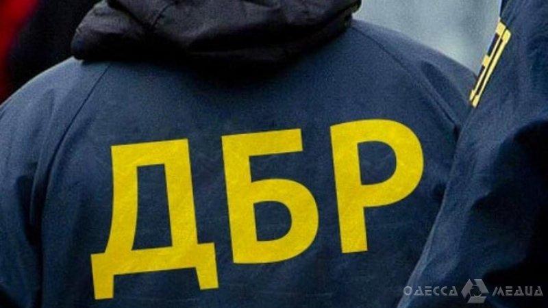 Николаевские правоохранители на Одесской таможне выявили крупную партию контрабанды (фоторепортаж)