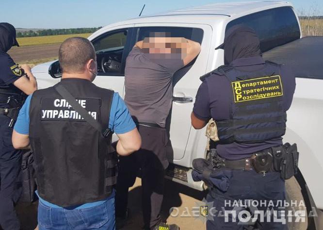 На севере Одесской области под руководством депутата местного горсовета действовала банда «черных лесорубов» (фото)