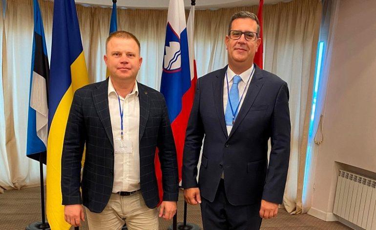 Белгород-Днестровский мэр презентовал город в столице Украины