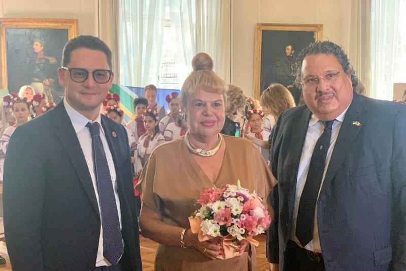 Вице-мэр Павел Вугельман поздравил Почетное консульство ЮАР с 20-летием открытия в Одессе (фото)