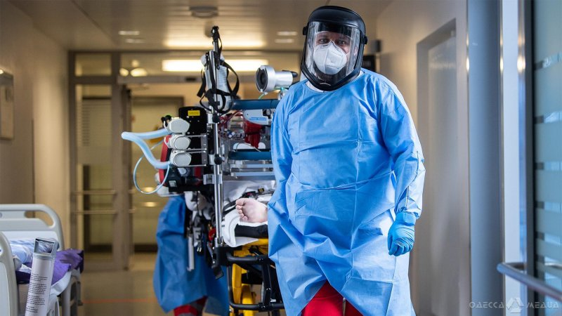«Больницы переполнены»: в Одесской области большой скачок госпитализации больных COVID-19